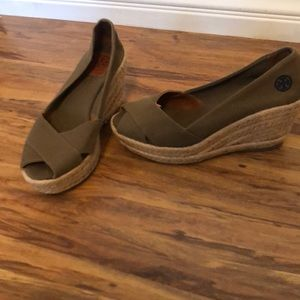 Kate spare wedges